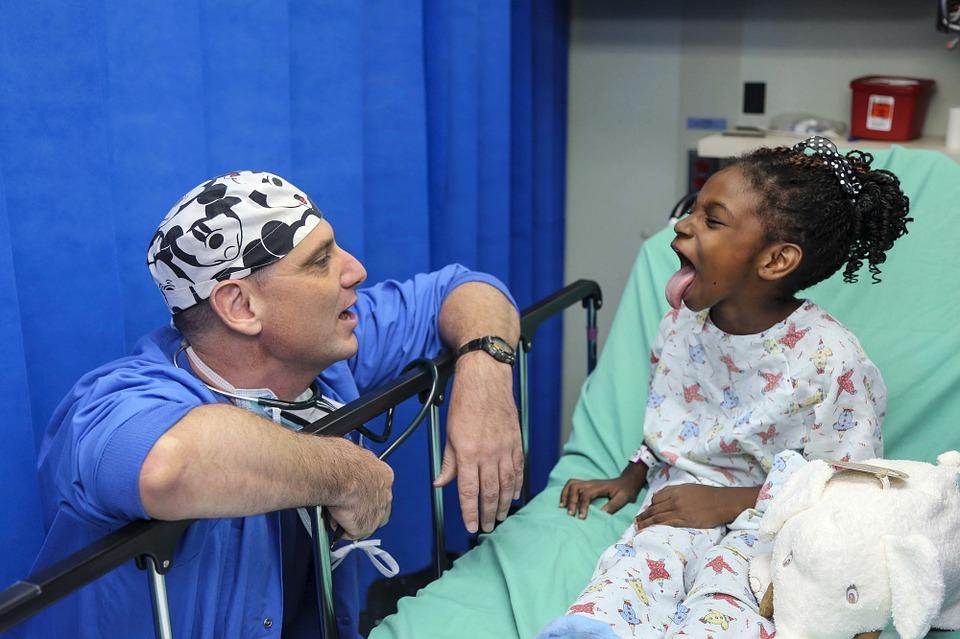 doktor pediatra